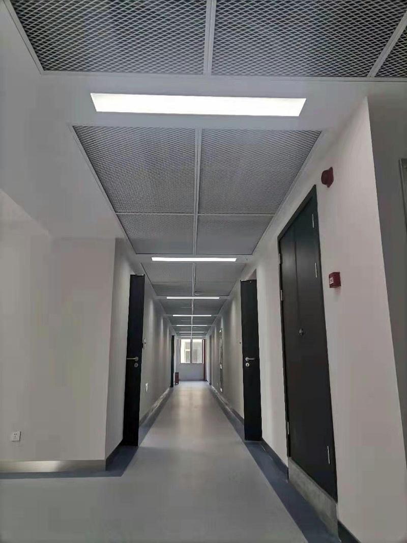 东川路交通大学铝网板工程案例