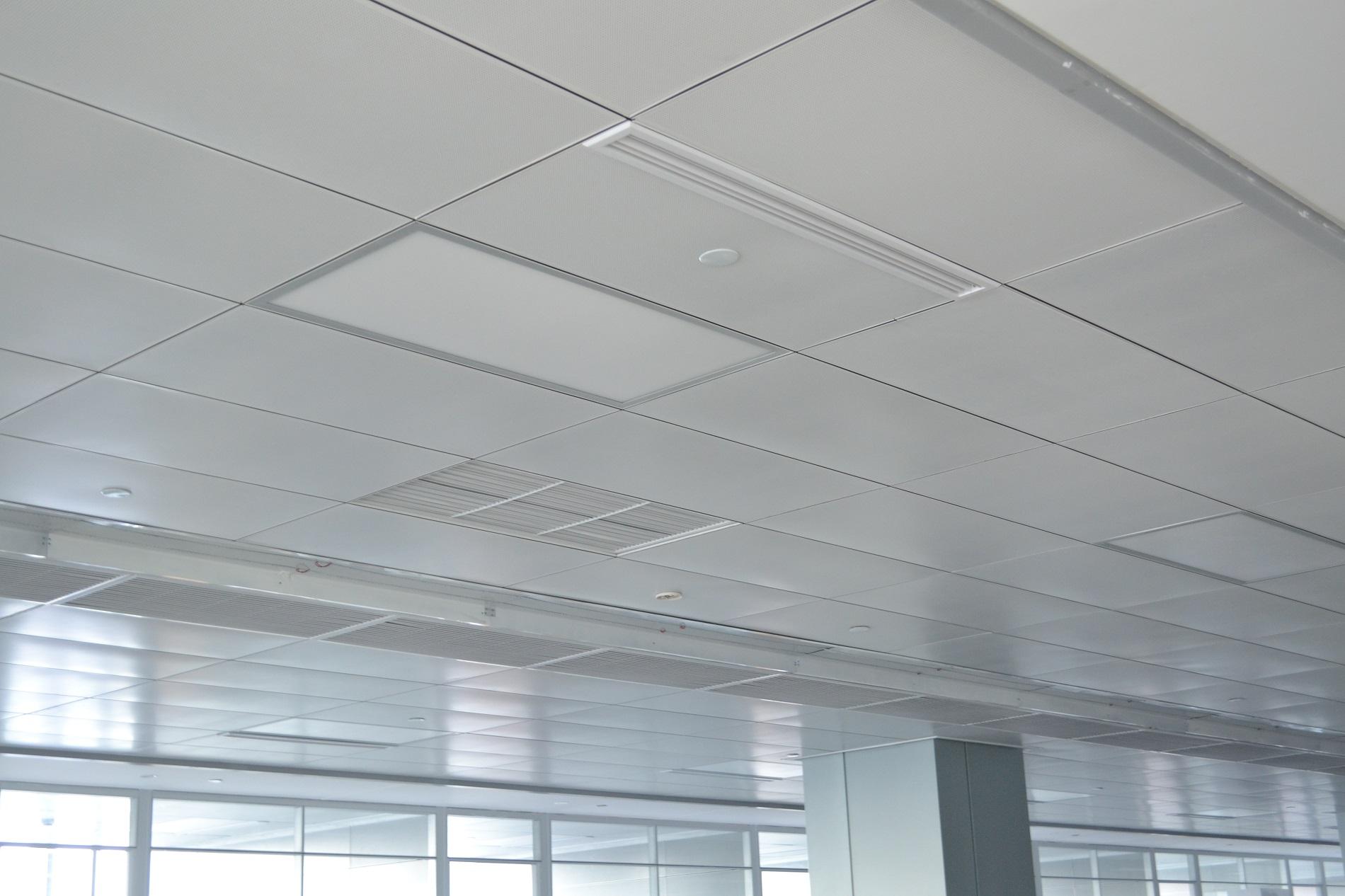 如何选择勾搭铝单板